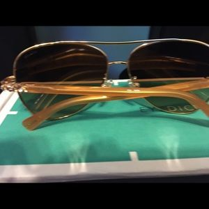 Coach Gold Amber Aviator w/ Gradient Lens